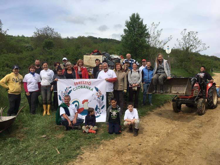 Hősök Csobánkán: 24 köbméternyi hulladékot takarítottak el