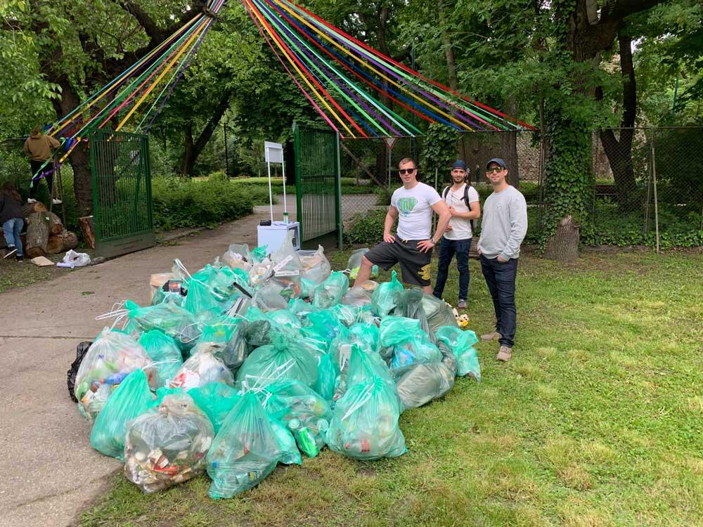 8 köbméternyi hulladékot szedtek össze a Margitszigeten